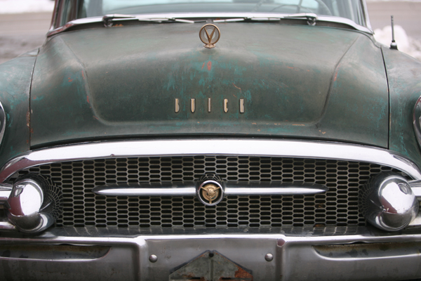 Chris & Lindsie Bergevin's 1955 Buick Roadmaster