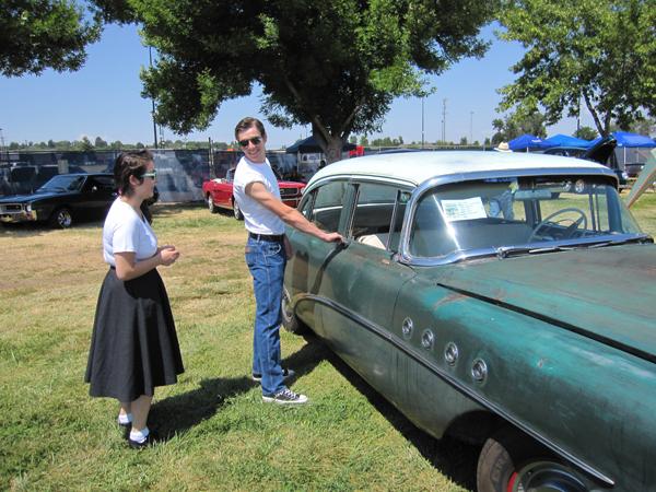 Chris & Lindsie's 1955 Buick Roadmaster
